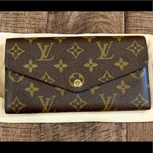 Louis Vuitton Sarah Wallet, Monogram, Fuchsia int.